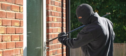 Защита дачи от взлома. Как защитить дачный дом от воров